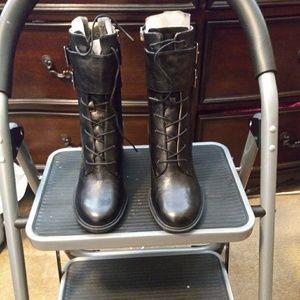 Women nine west booties size 8